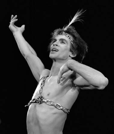 Рудольф Нуреев в партии Конрада, балет «Корсар» (Фото : Francette_Levieux)