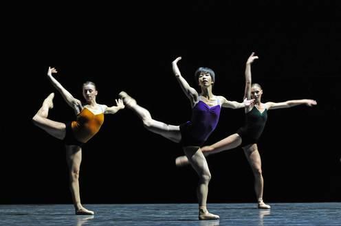 Фрагмент балета У.Форсайта «Workwithinwork»